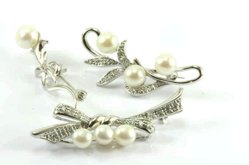Image Result For Diamond Wedding Anniversary Gifts