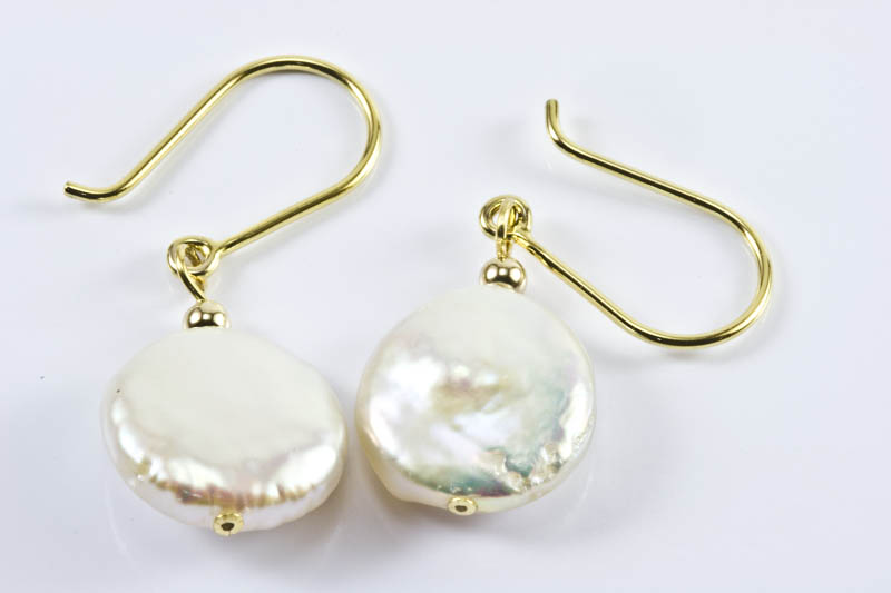 Biwa pearl Earrings(11mm, 18k Yellow Gold, Coin Shaped)