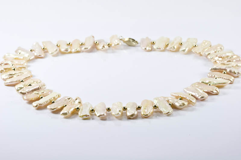 Biwa Pearl Necklace(9x27mm, Golden Color )