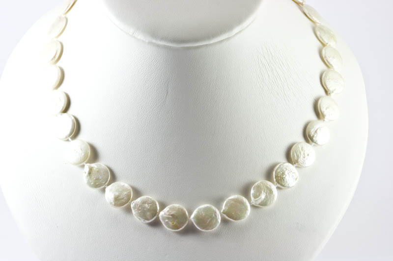 Biwa Pearl Necklace (11mm, coin shaped)