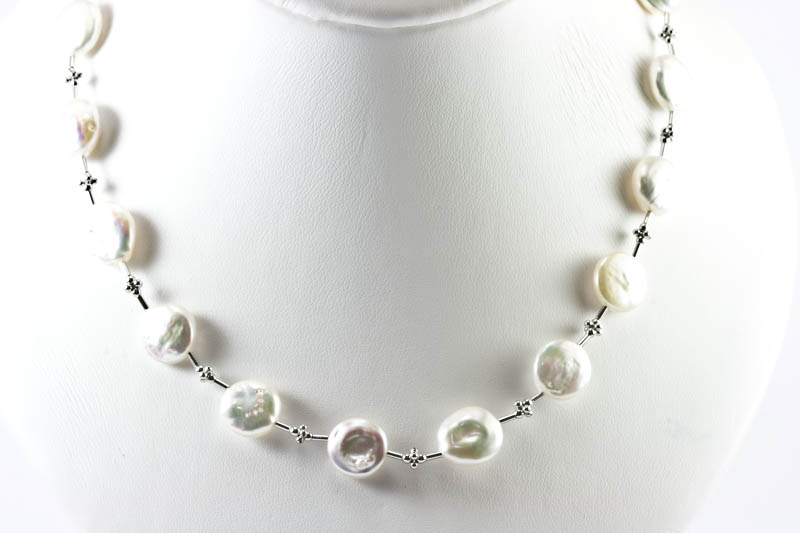 Biwa Pearl Necklace(11mm , Coin Shaped, with white gold )