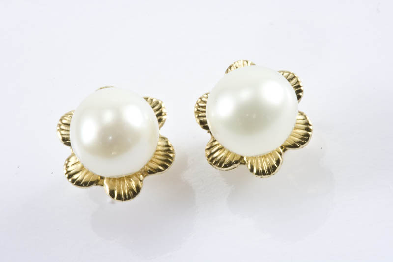 5.5mm AAA Grade Akoya Pearl Earrings