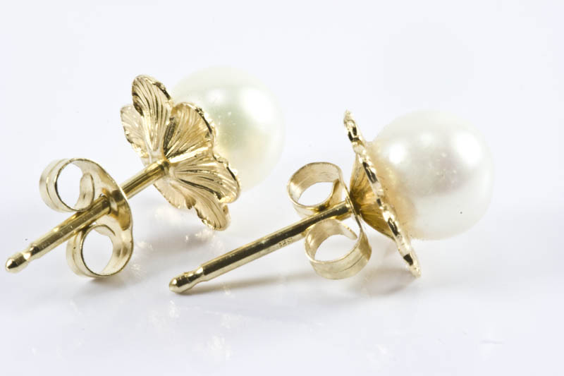 5.5mm AAA Grade Akoya Pearl Earrings - Click Image to Close