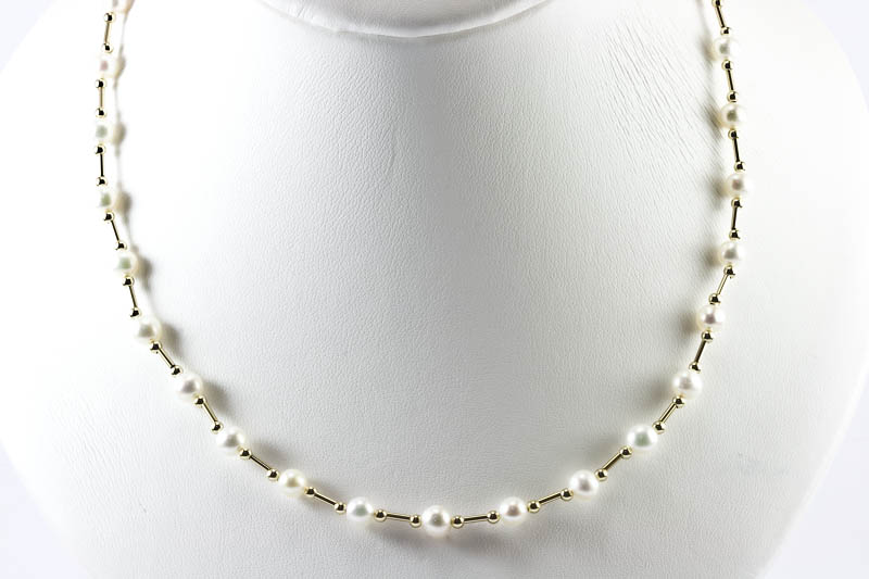 6mm Akoya Pearl Necklace (Station Style)
