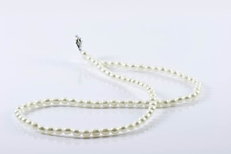 Children's Pearl Necklace(Rice Shaped)