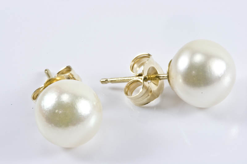 Japanese Akoya Cultured Pearl Earrings(AAA grade, 5.5mm-8.5mm)