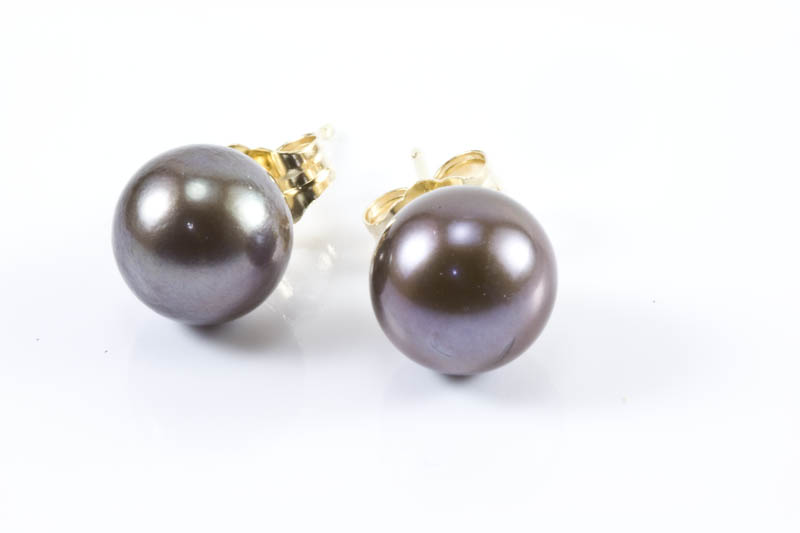 Japanese Black Akoya Cultured Pearl Earrings(8mm, AAA Grade)