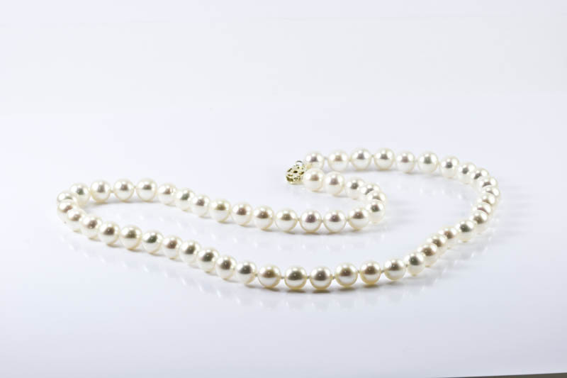 Japanese Akoya Cultured Pearl Necklace(7-7.5mm , Gem Grade )