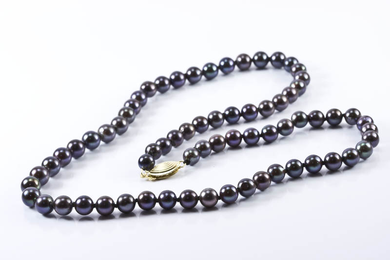 Black Akoya Pearl Necklace(6mm, AAA Grade )