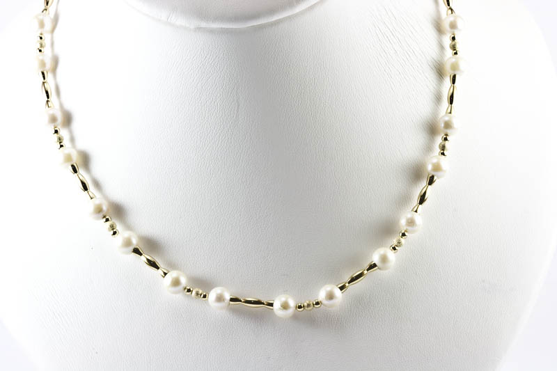 "Japanese Akoya Cultured Pearl & 14K Gold Necklace(16"" 6.5mm)"