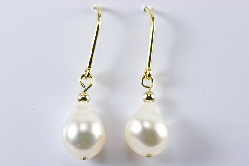 Feshwater Pearl Earrings(7.5x10mm, tear drop )