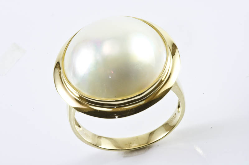18mm Mabe Pearl Ring