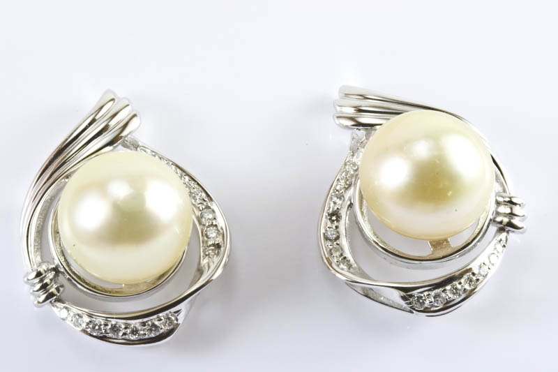 12 5mm Light Gold South Sea Pearl Earrings