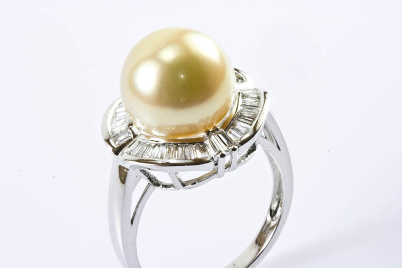 Golden South Sea Pearl Ring(11.5mm , 18k/w Gold & Diamond) - Click Image to Close