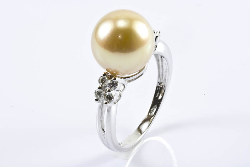 Golden South Sea Pearl Ring(11.5mm, 18K/W Gold & Diamonds)